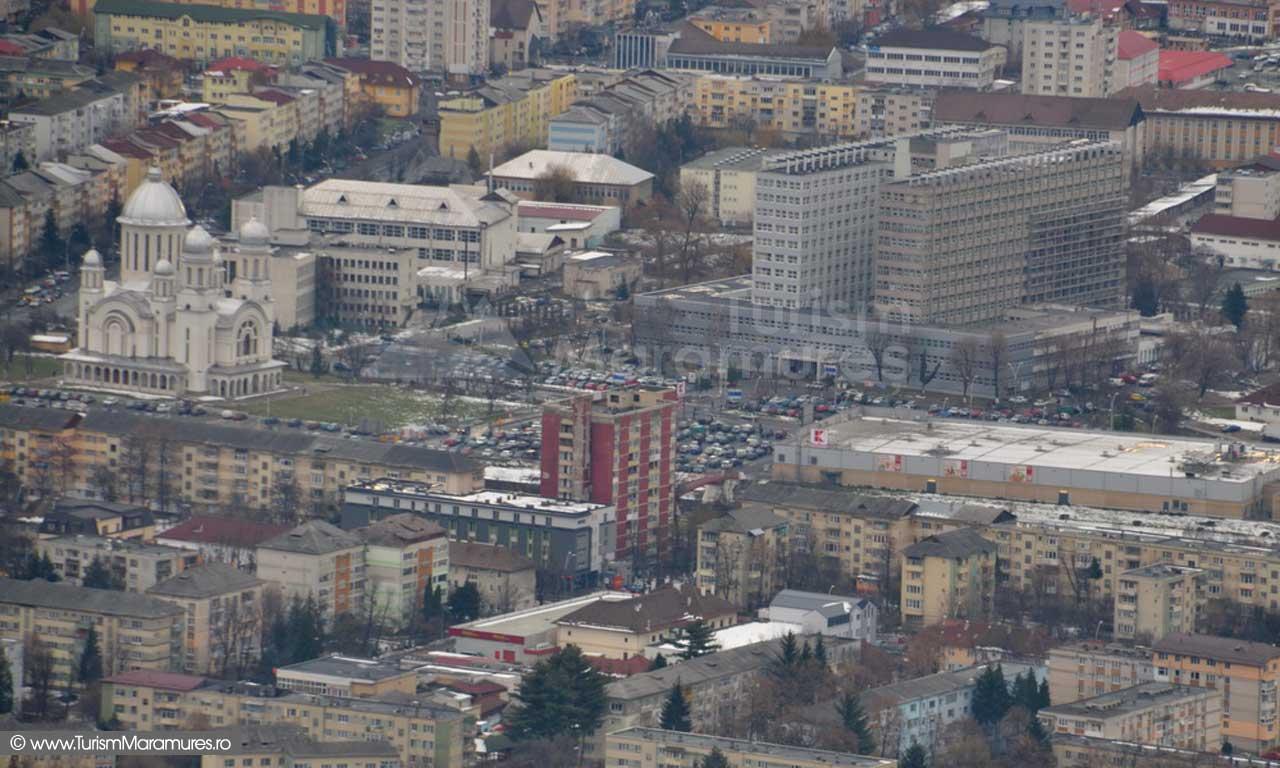 Baia Mare_Biserica ortodoxa si Spitalul de Urgente