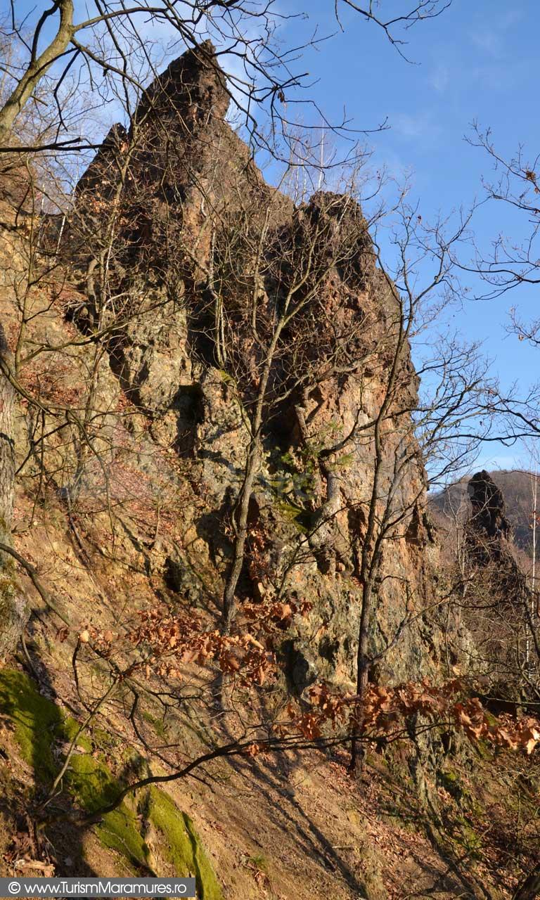 Turnul-acvilelor-de-munte_Degetul-Tighierului