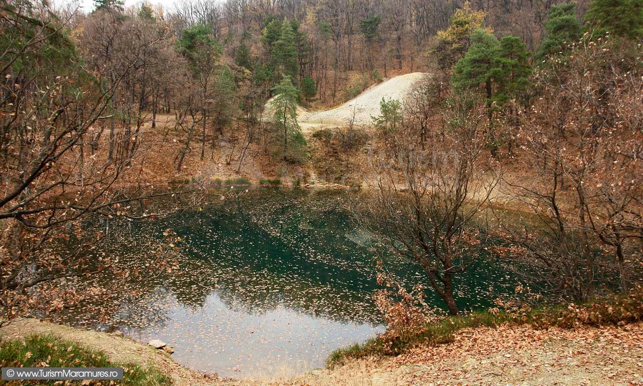 05-Lacul-Albastru-toamna