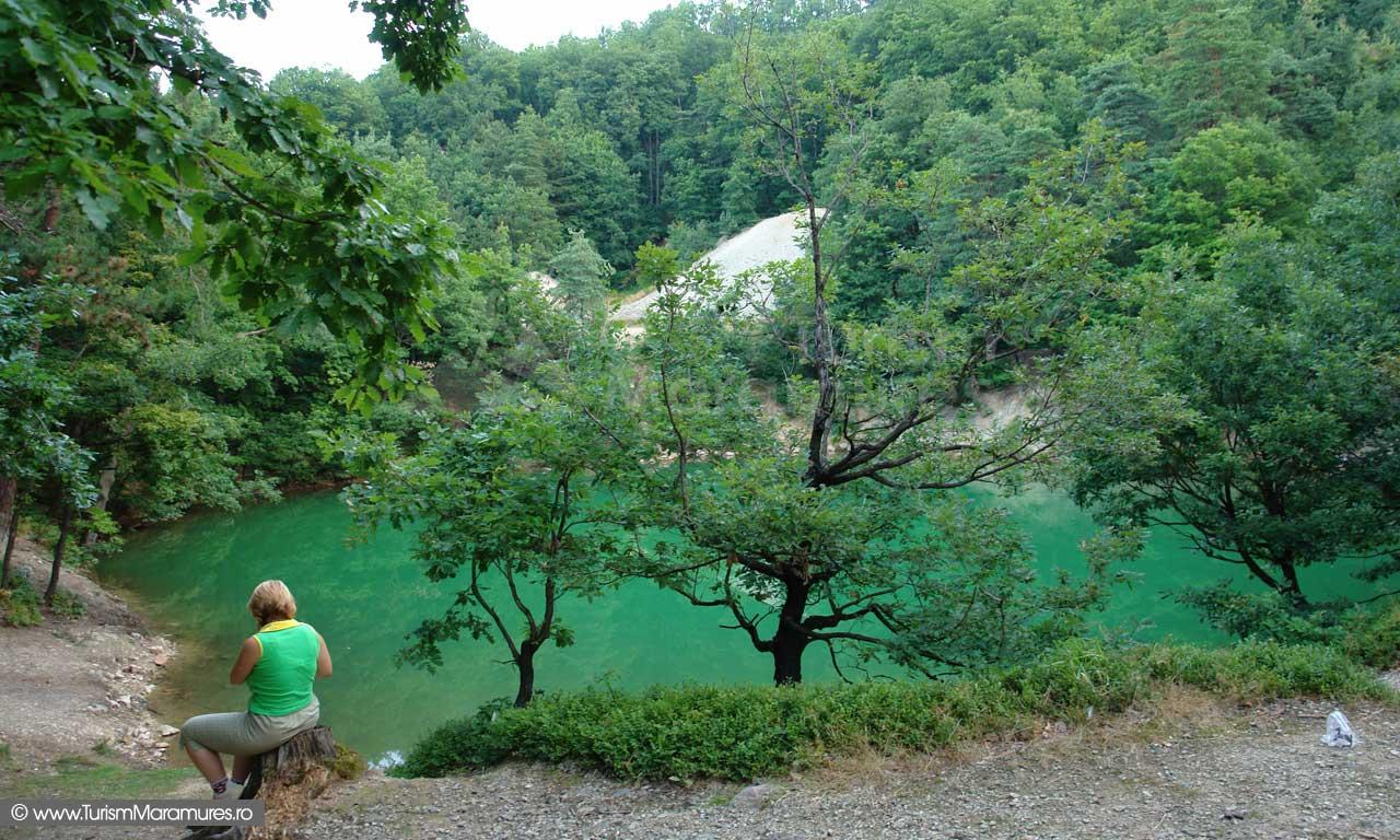 Lacul-Albastru-Maramures_05