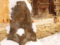 14-piatra-usa-Biserica-Carpinis-monument-istoric