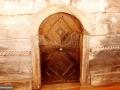 20-intrare-Biserica-Carpinis-monument-istoric
