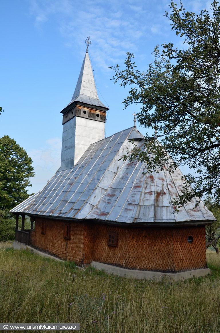 11_Biserica-monument-istoric-Remecioara-Maramures