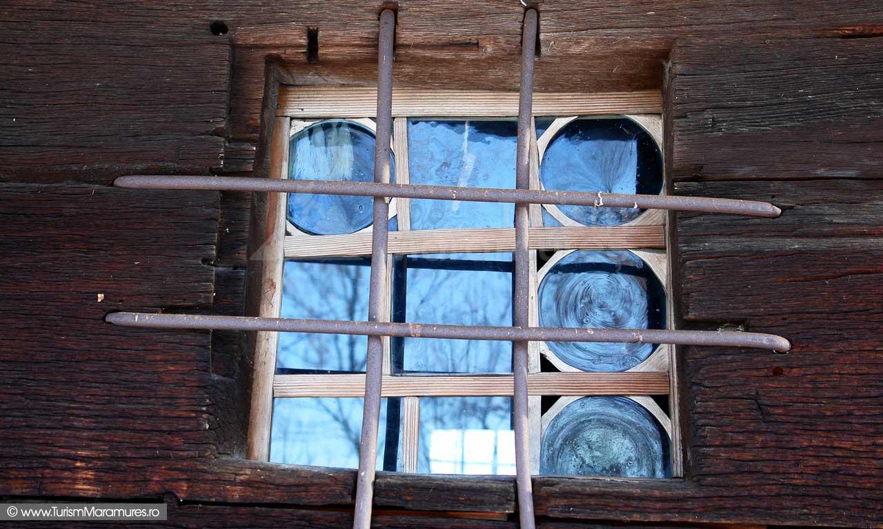 10_Biserica-de-lemn-Manastirea-Giulesti-Maramures