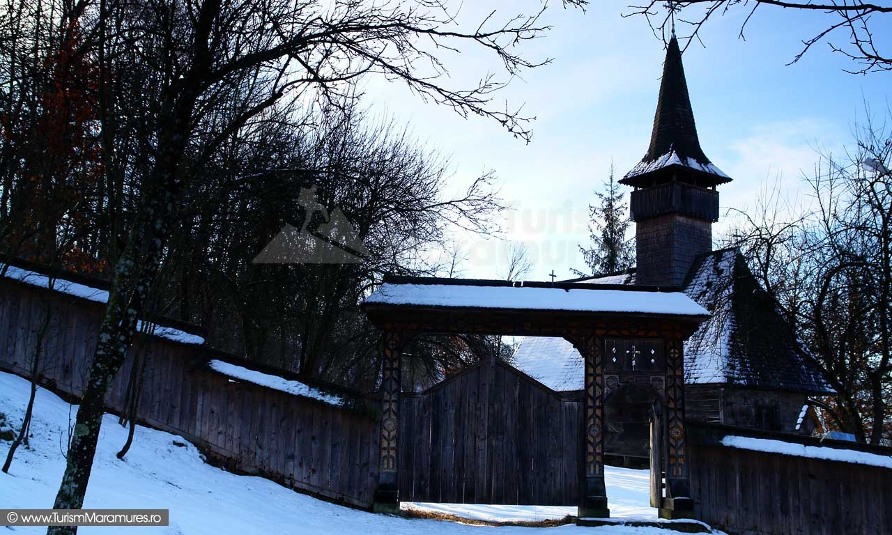 4_Biserica-de-lemn-Manastirea-Giulesti-Maramures