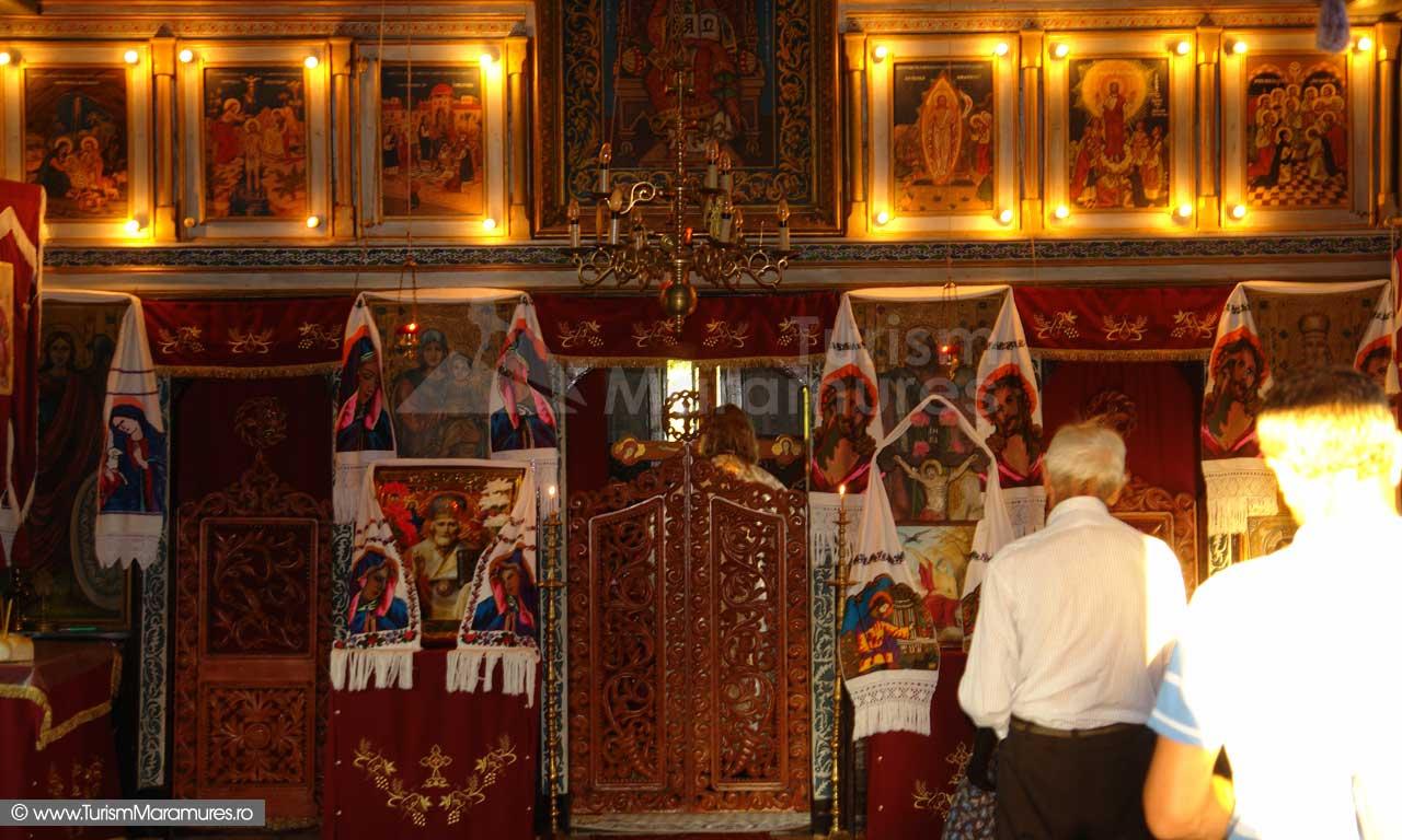 Manastirea-Dragomiresti-Maramures_Altar
