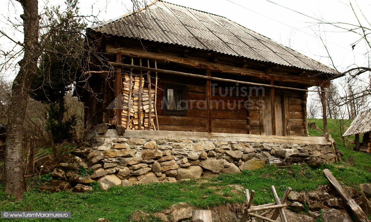 41_Casa-maramureseana-Desesti