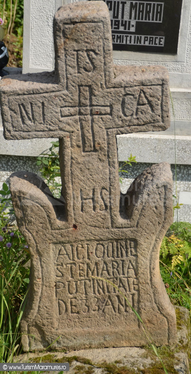 14_Cruce-de-piatra-de-la-Biserica-UNESCO-Plopis