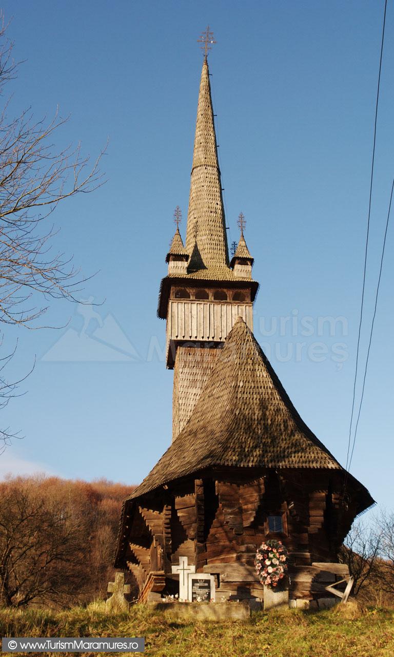 05_Biserica-monument-istoric-din-Inau-Maramures