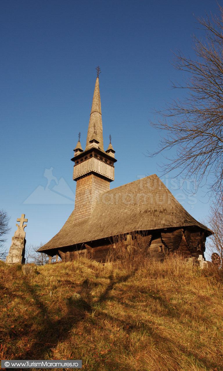 10_Biserica-monument-istoric-din-Inau-Maramures