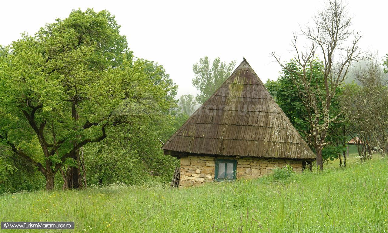 04_Casa-pe-valea-Mori-Glod-Maramures