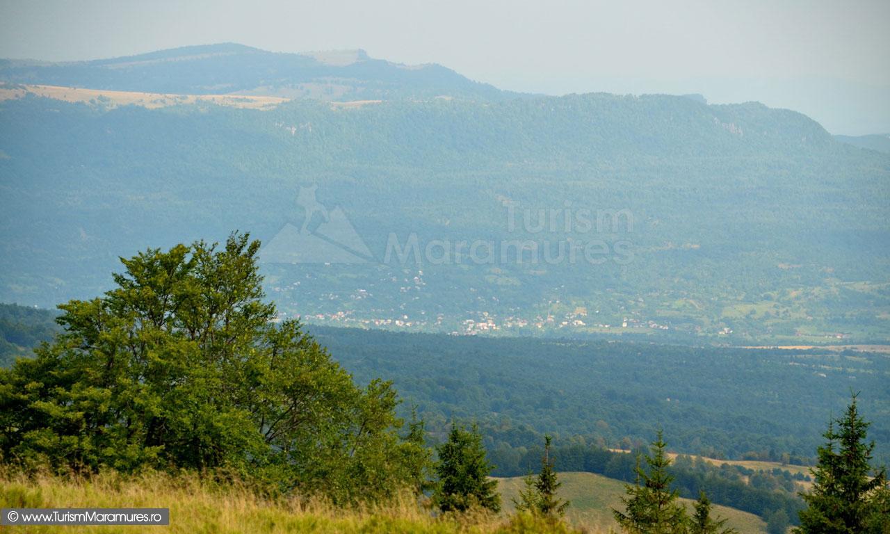 29_Valea-Marei,-Culmea-Pietrei-platoul-Iezerului-Mare