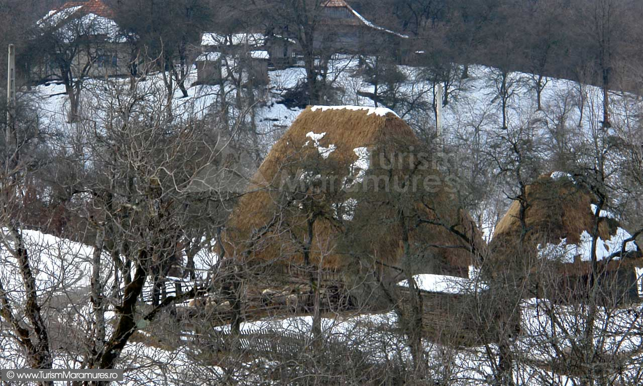 Grajd-si-sura-Tara-Chioarului-Maramures