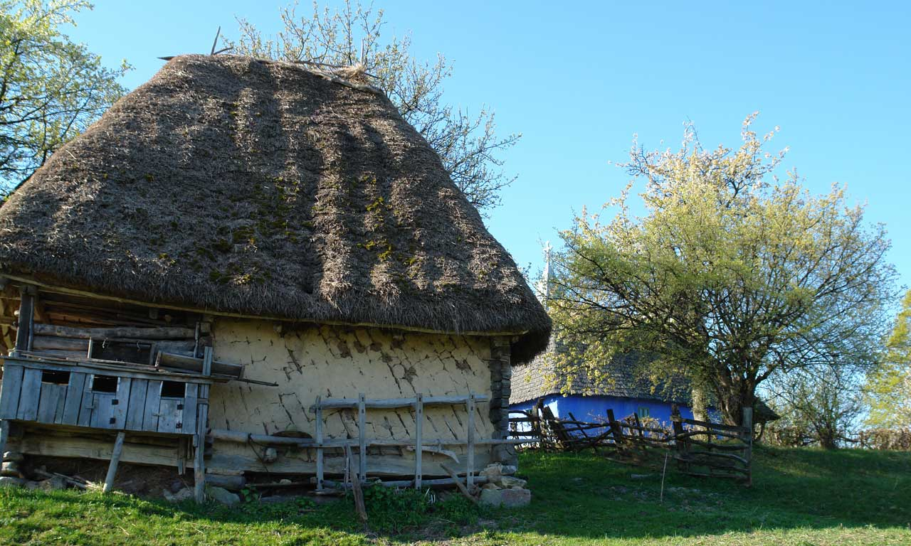 Sura cu grajd traditional_Aspra_Maramures