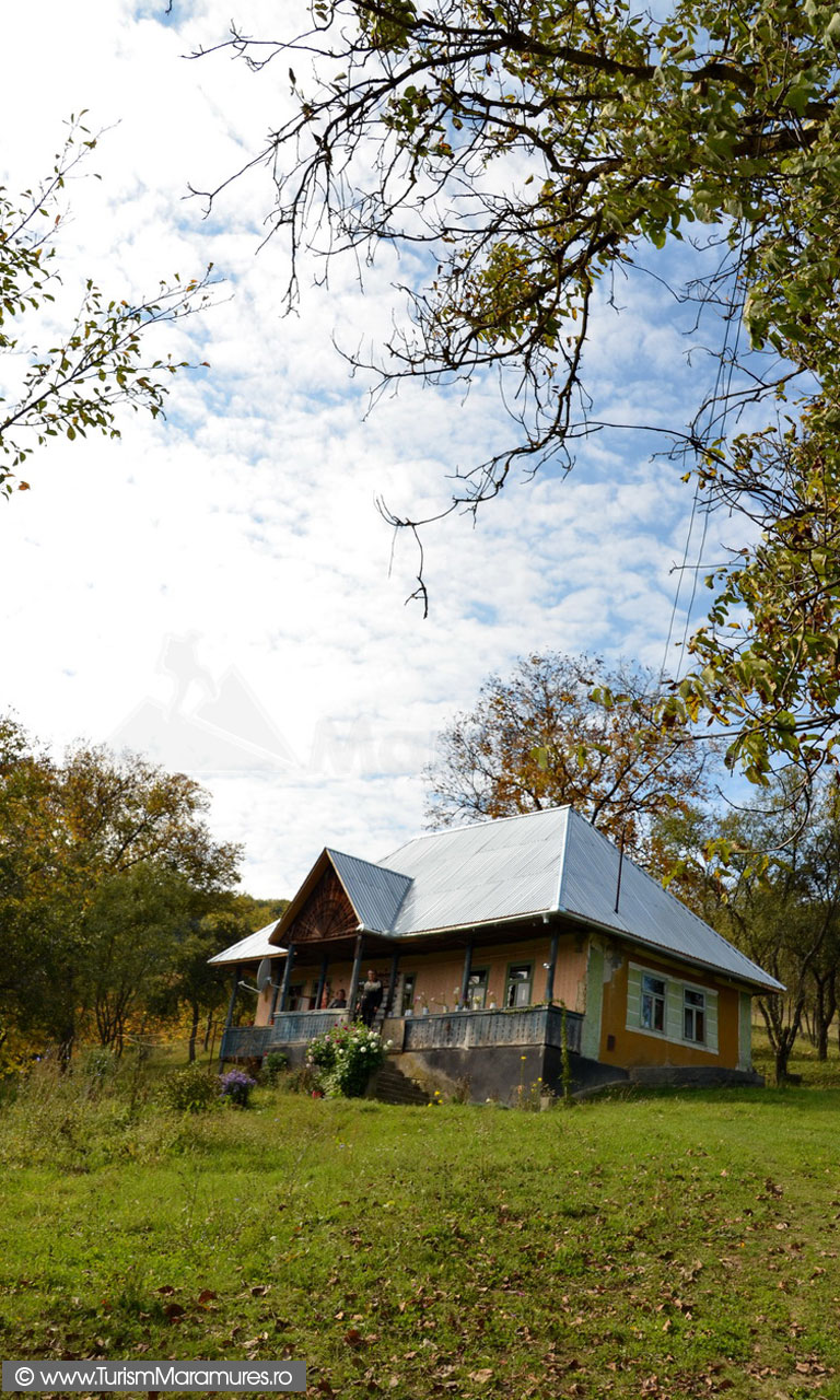 16_Casa-Salnita-de-Jos-Maramures