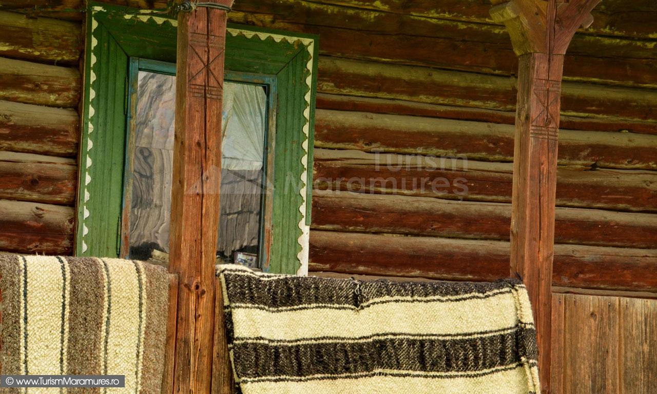 114_Tarnat-cu-fereastra-si-cergi-Breb-Maramures