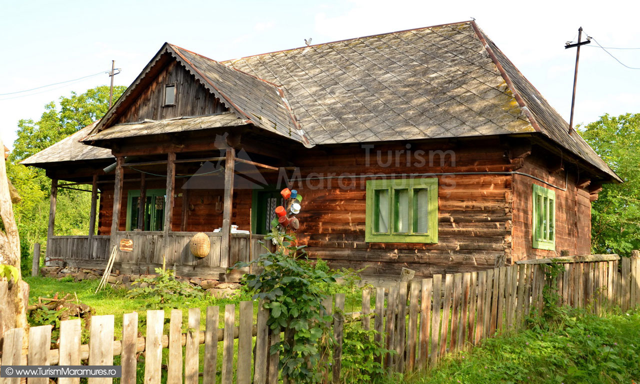 39_Casa-traditionala-Maramures