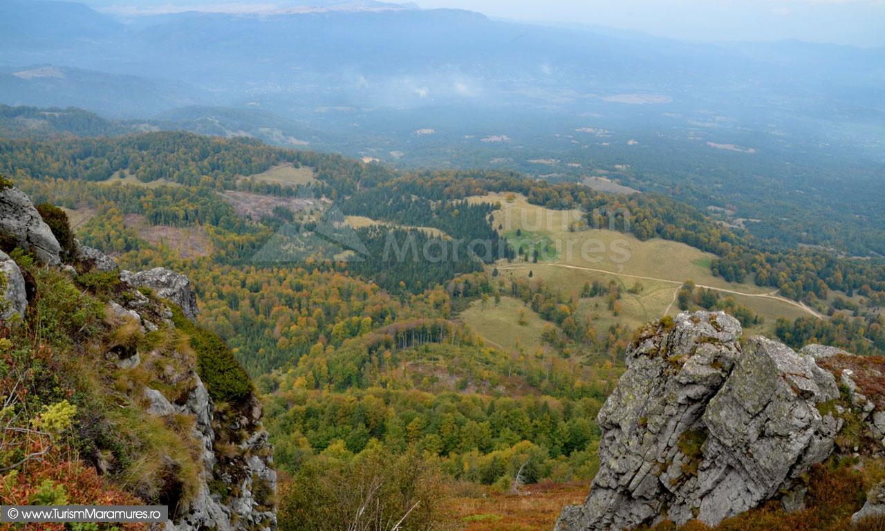 69_Vedere-spre-Valea-Marei