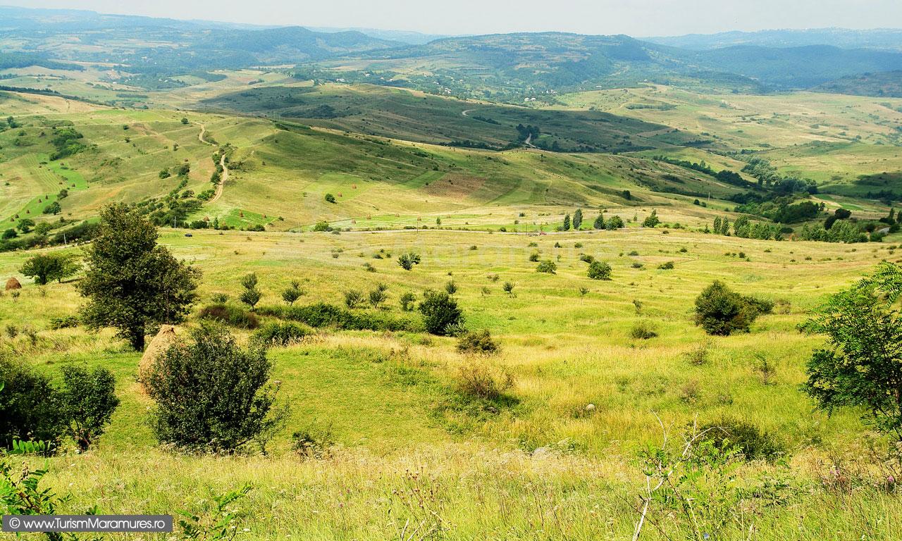08_Panorama-spre-Salnita-Maramures