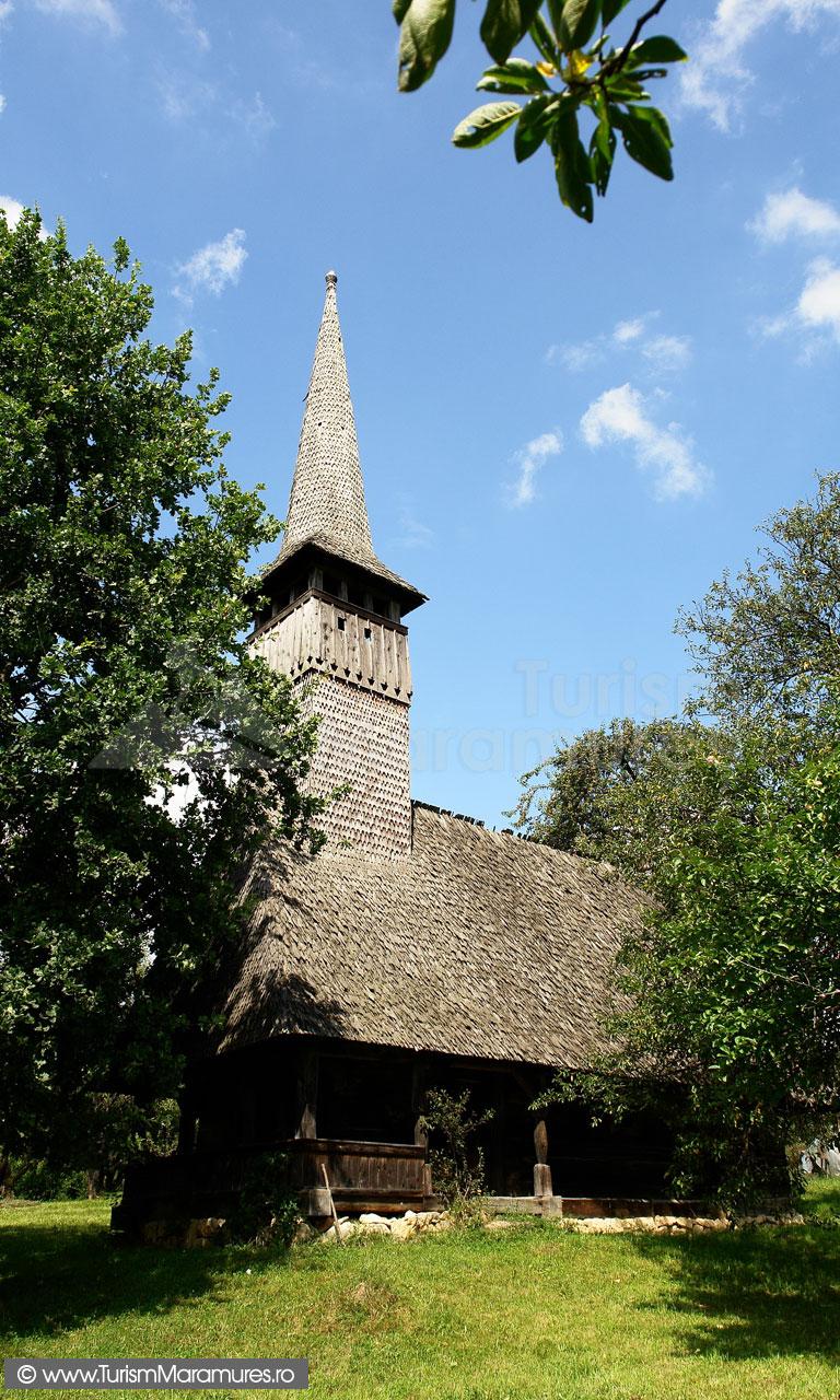 48_Biserica-Francenii-Boiului-usa