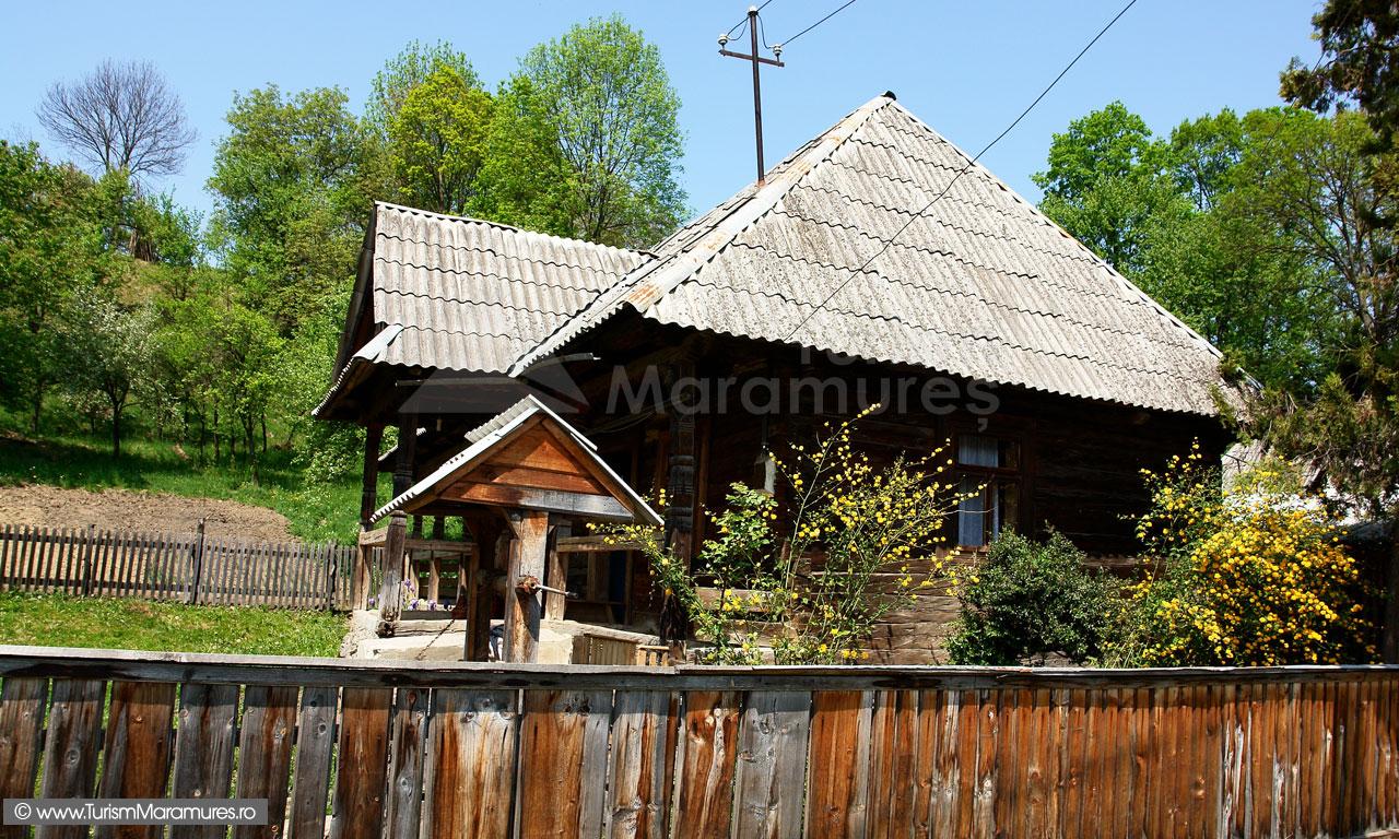 34_Maramuresul-Istoric_Casa-traditionala
