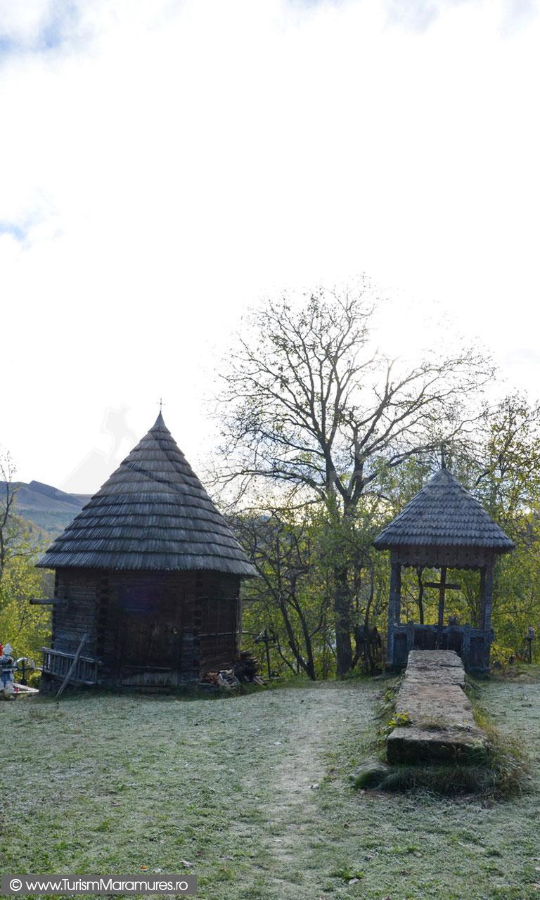 10_Biserica-monument-istoric-Sfantul-Nicolae-Budesti-Susani-Maramures_lespezile-mosilor