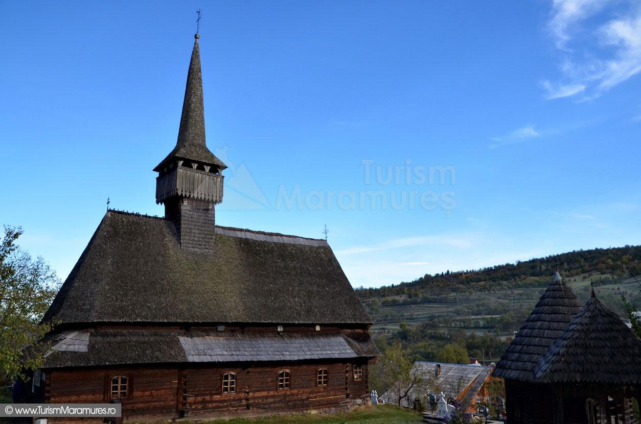 11_Biserica-monument-istoric-Sfantul-Nicolae-Budesti-Susani-Maramures