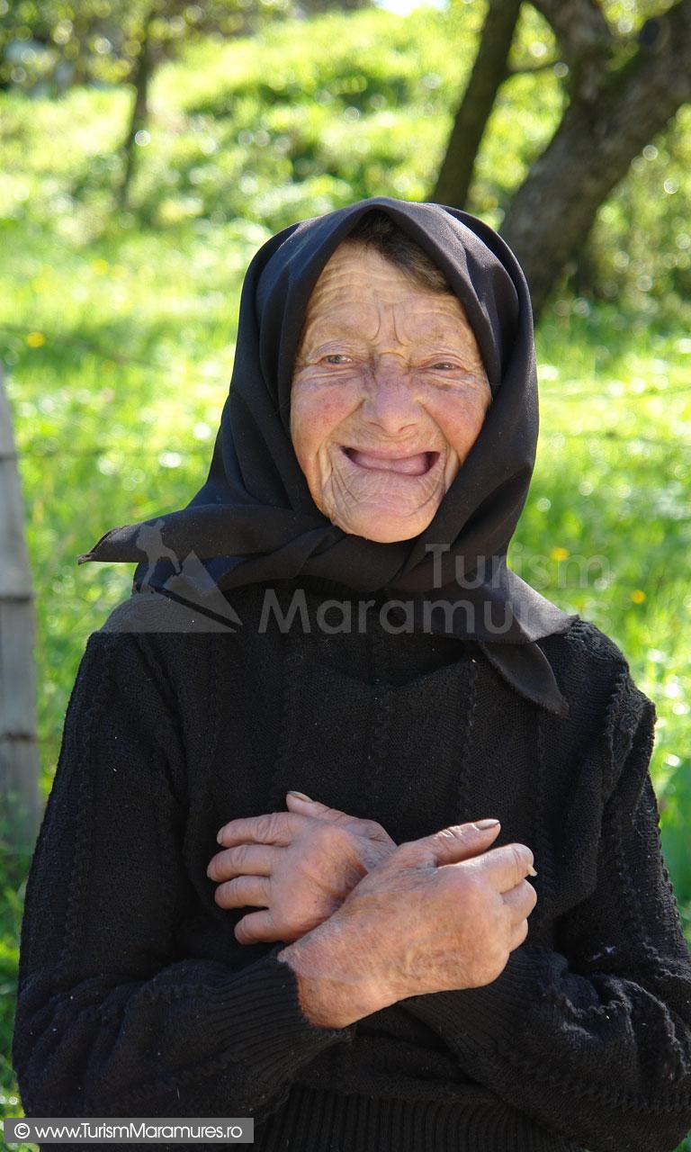 15_Batrana-din-Hoteni