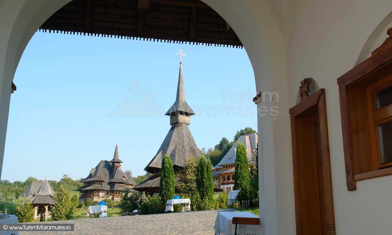 07_Manastirea-Barsana