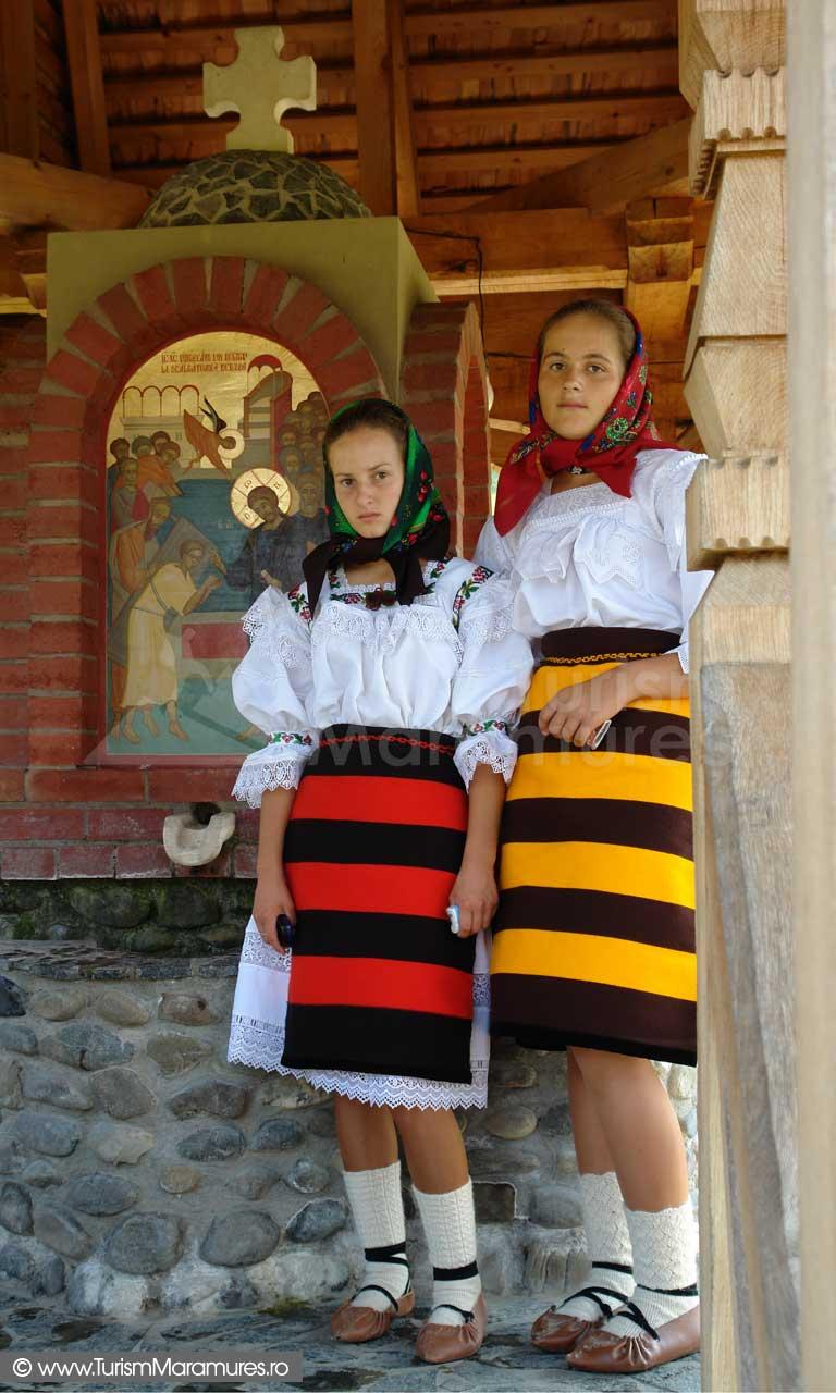 19_Manastirea-Barsana