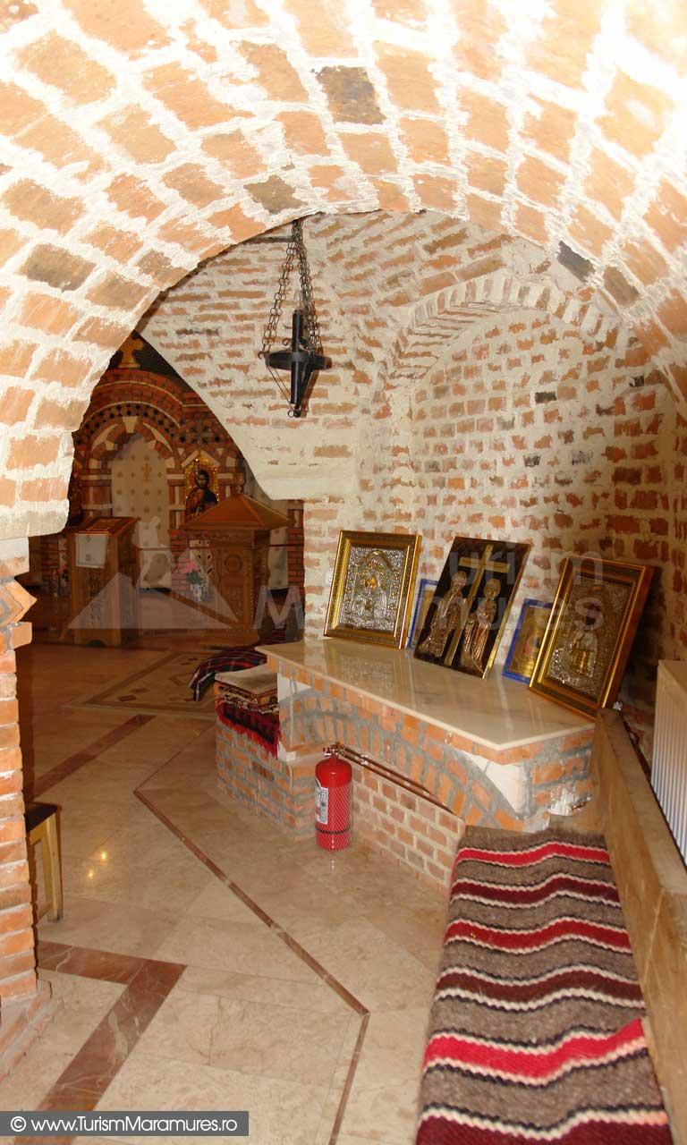 9_Manastirea-Sapanta-Peri