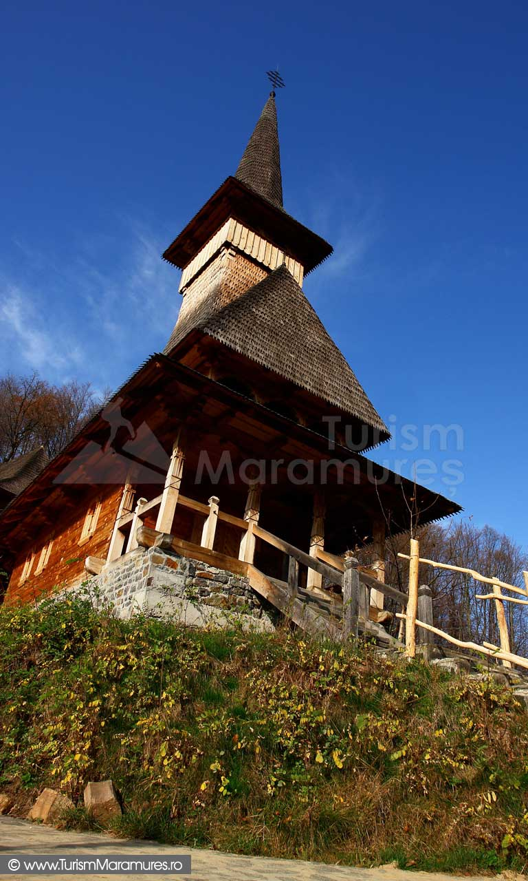 32_Bisericuta-de-lemn_Manastirea-Rohia