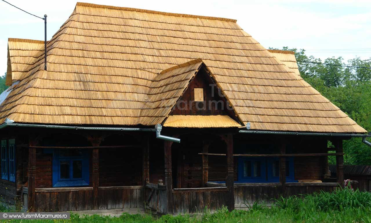 1_-Casa-maramuresana-restaurata
