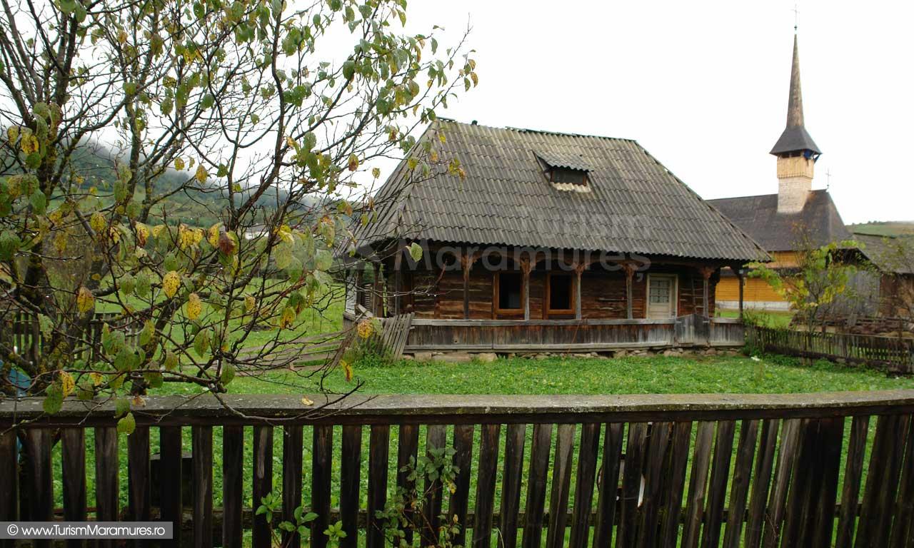 02_Biserica-de-lemn-Maramures