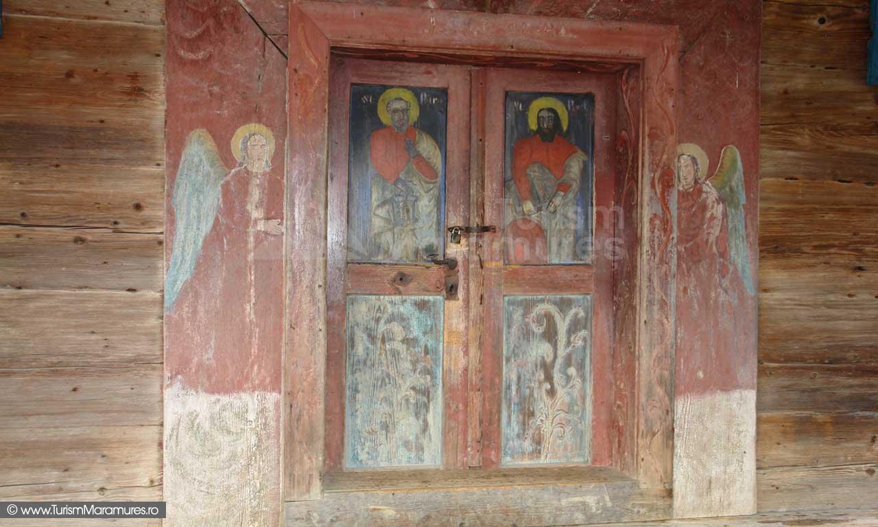 05_Fresca-pe-usa-bisericii-Poienile-Izeii