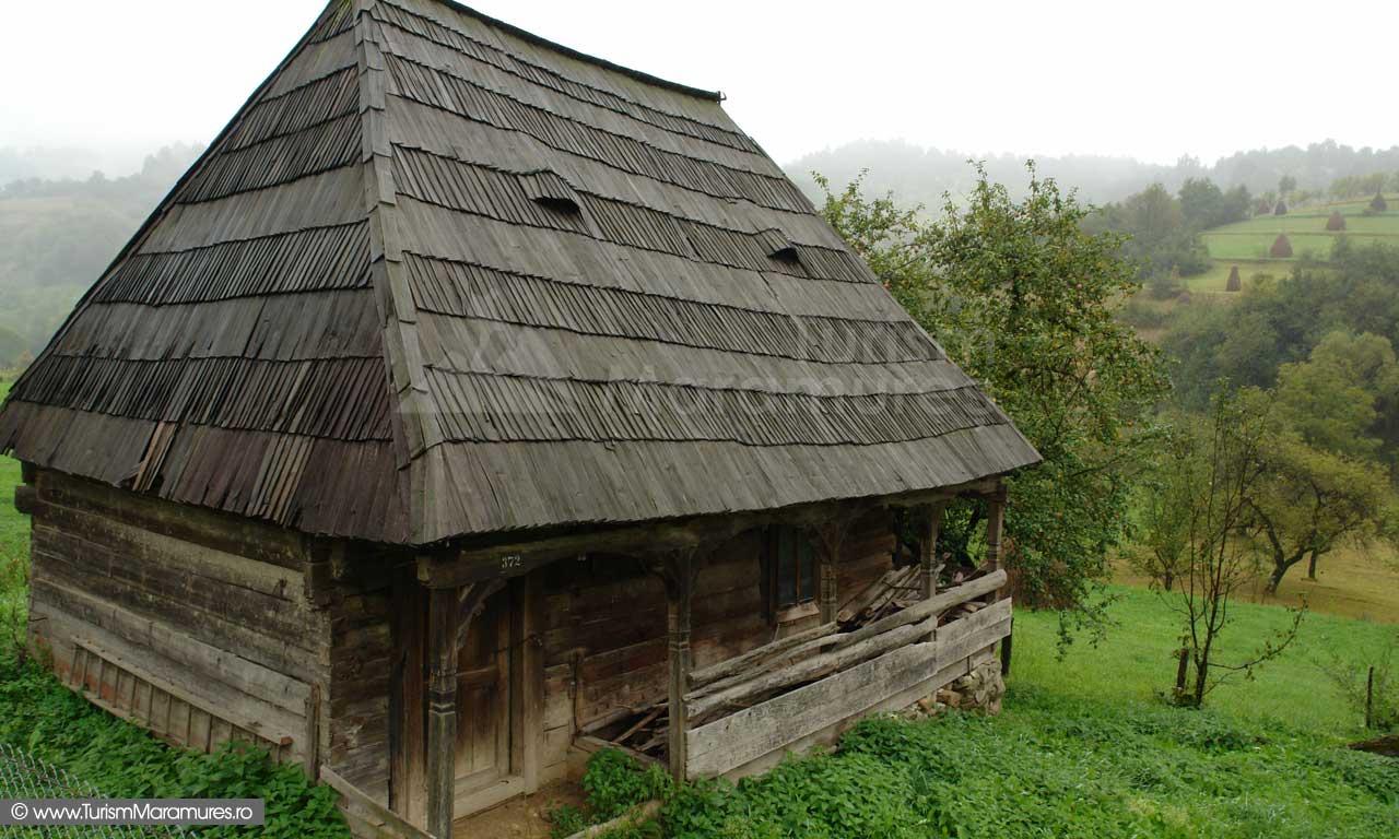 09_Casa-de-lemn-Maramures