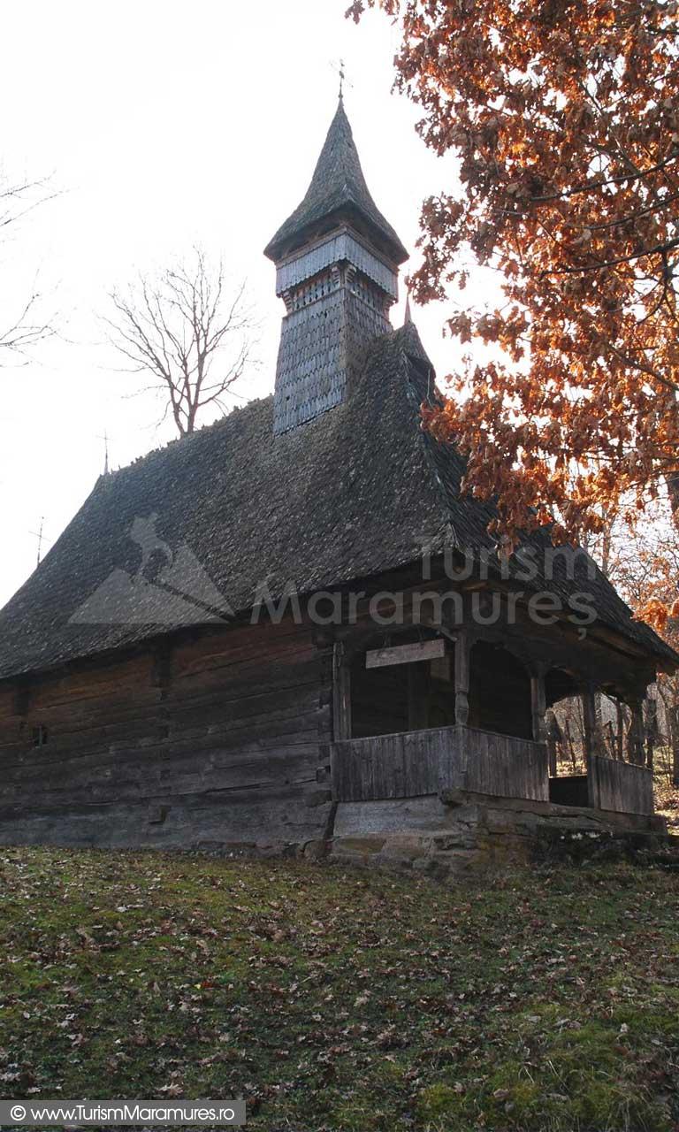 Biserica-Valea-Stejarului-Maramures_02