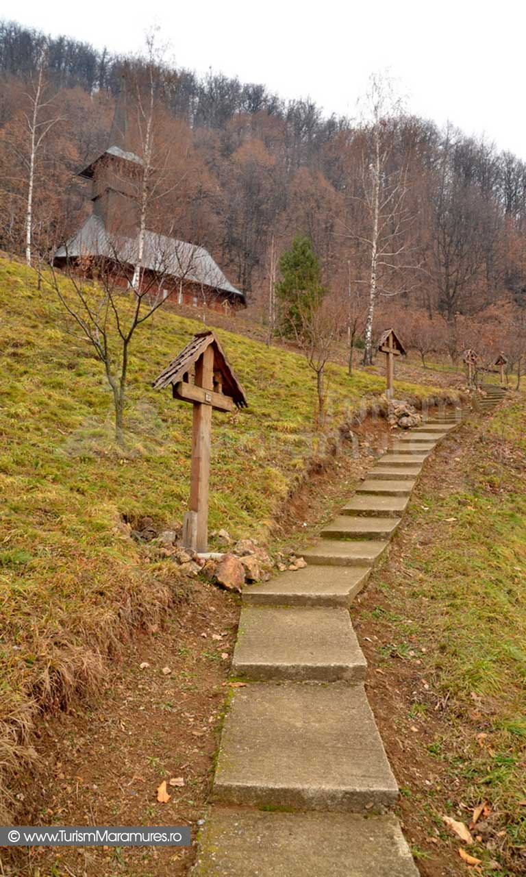 Drumul Crucii la biserica Manastirii Sfanta Maria Baia Mare