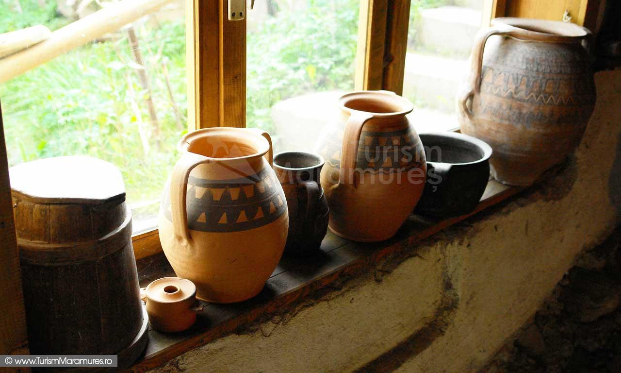 Ceramica-de-Sacel-Maramures