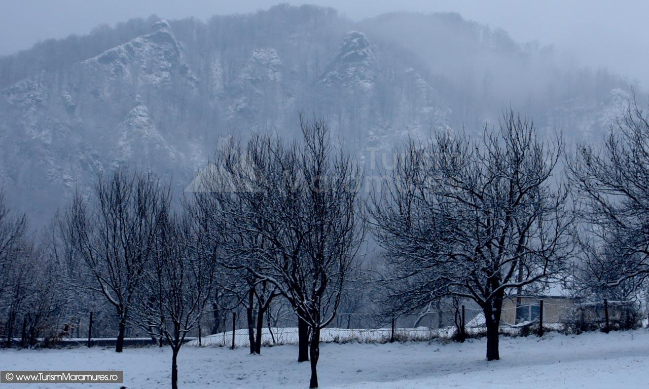 07-Pietrele-Soimilor-iarna