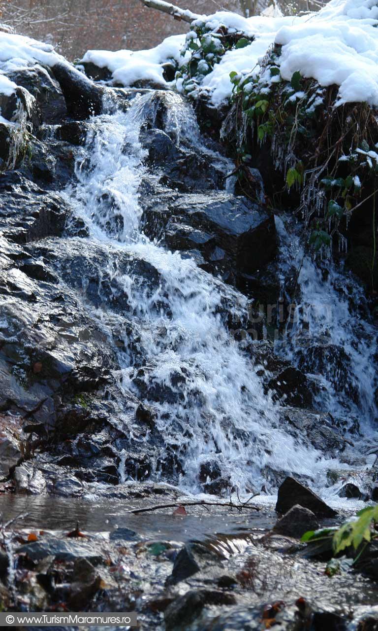 Cascada-valea-Sf-Gheorghe