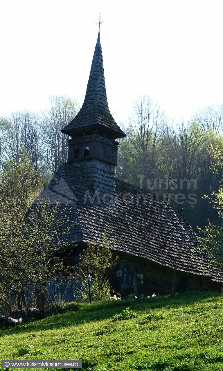 13_Biserica-monument-isoric-Izvoarele-Bloaja-Maramures