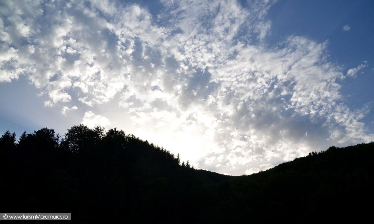 79_Apus-de-soare-in-Muntii-Maramuresului