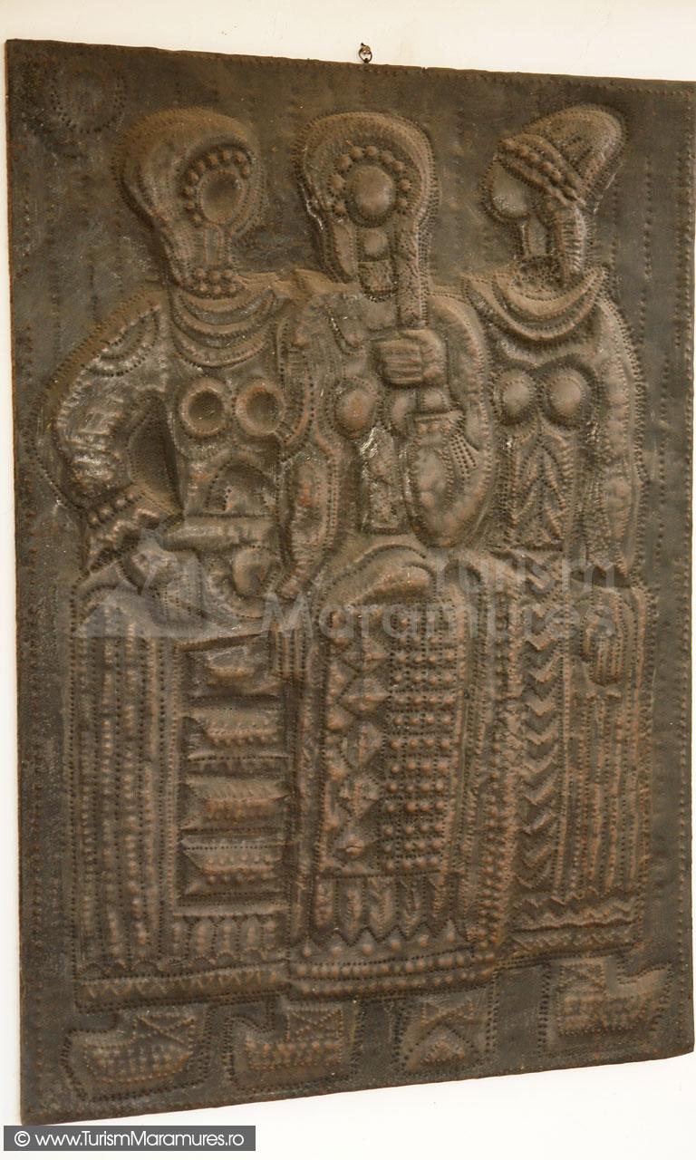 33_Muzeul-Pipas-Maramures_Tinere-osence,-metaloplastie