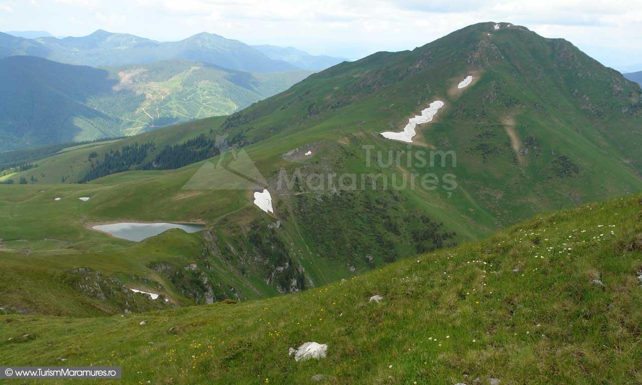37_Lacul-Vinderel_Farcaul_Muntii-Maramuresului