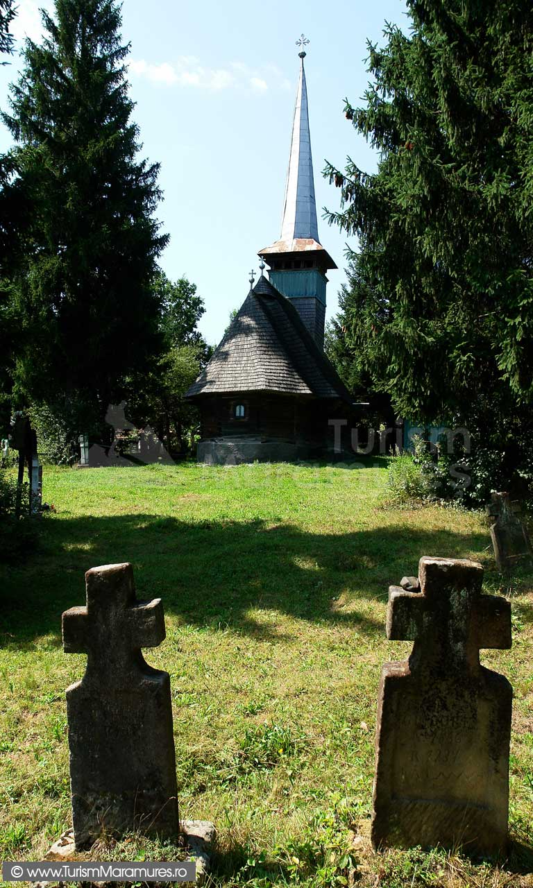 04_Biserica-de-lemn-Peteritea
