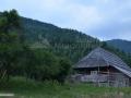 189-valea-Negoiescu-ultima-gospodarie-mal-drept