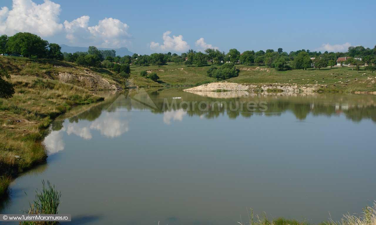 Ocna-Sugatag_Lacul-mare_01