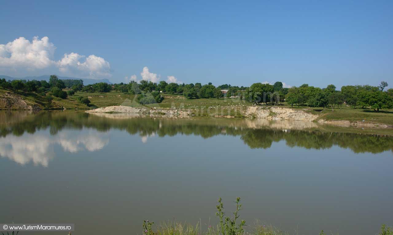 Ocna-Sugatag_Lacul-mare_03