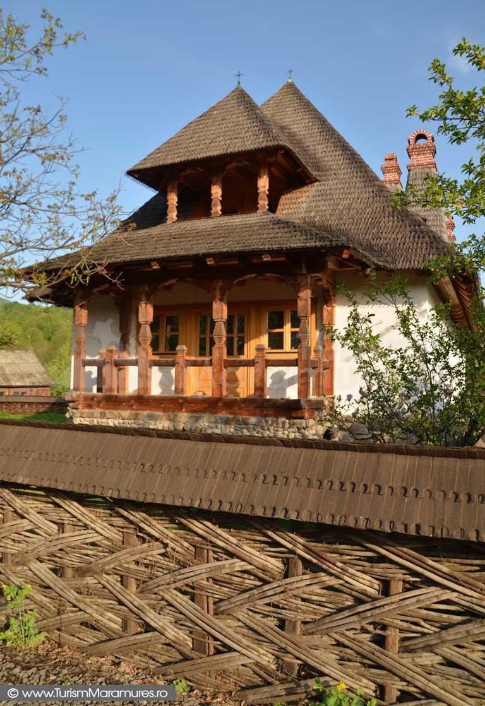0010_Casa-traditionala-Hoteni-Maramures